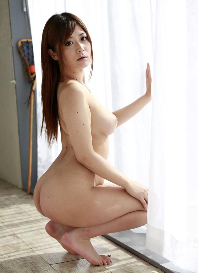 【ヌード画像】さとう遥希のムッチリボディなエロ画像(31枚) 30