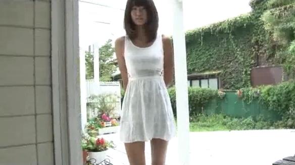 【ヌード画像】爽やか系美少女!高千穂すずの健康的ボディが素晴らしいw(36枚) 02
