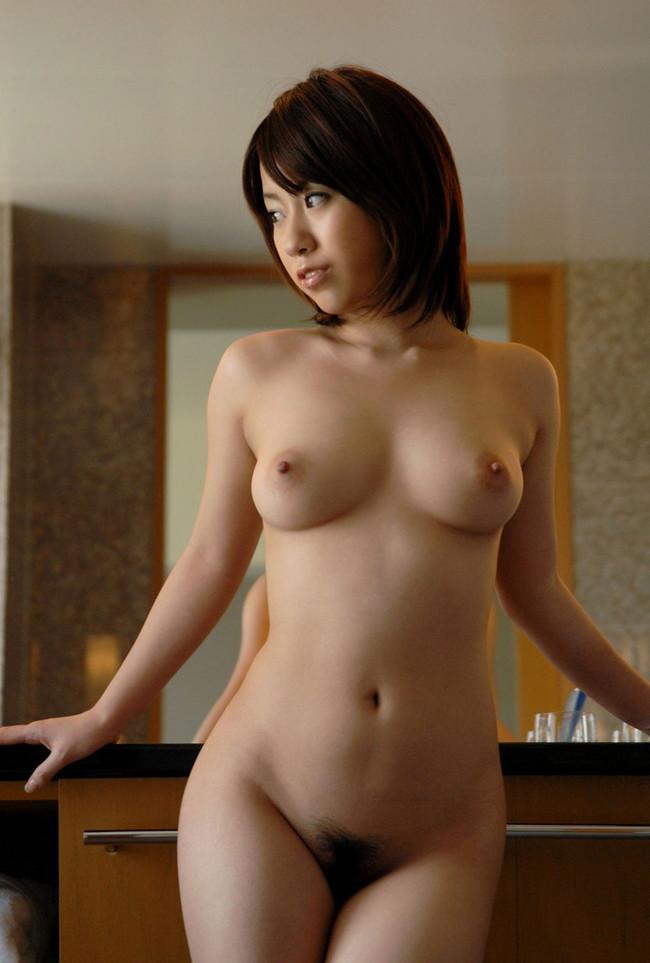 【ヌード画像】綺麗な乳首をさらした美女たちの画像(31枚) 30
