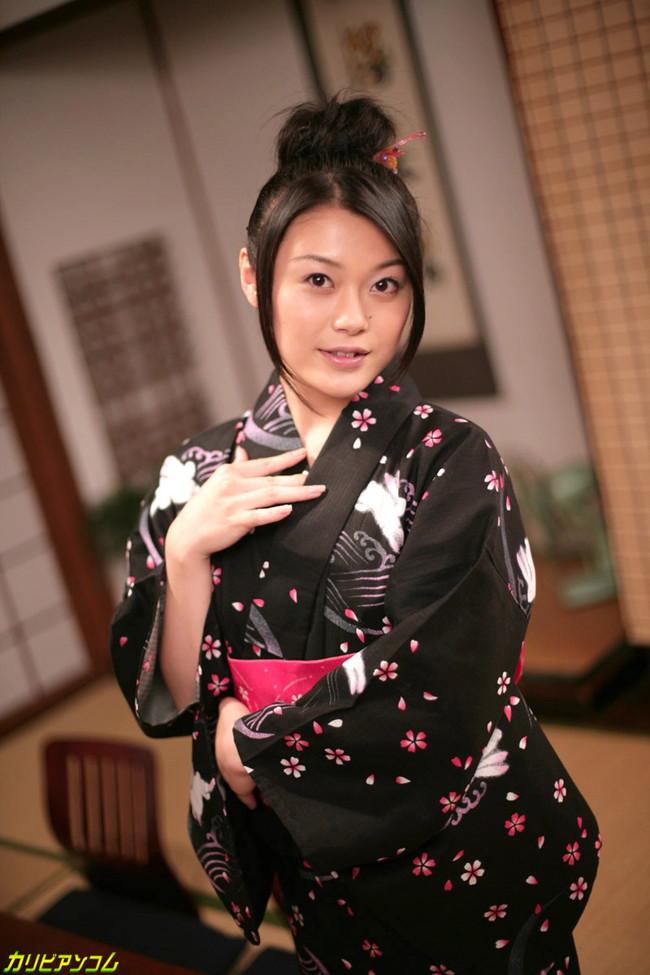 【ヌード画像】中島京子の大人の色香が漂うヌード画像(40枚) 33