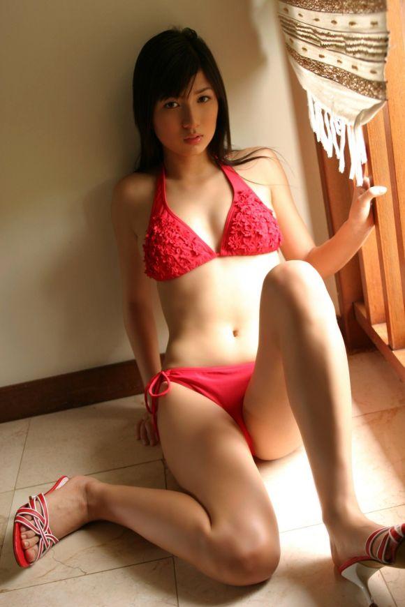 【ヌード画像】美女の赤い下着姿が情熱的すぎw(33枚) 16