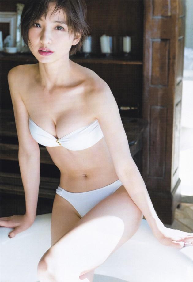 【ヌード画像】AKB卒業生、篠田麻里子のスレンダーなセクシーグラビア画像(30枚) 01
