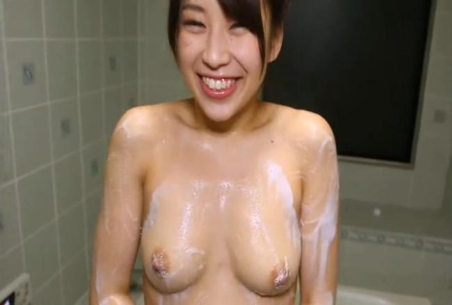 【ヌード画像】宮地藍の笑顔が魅力的で愛らしいw(35枚) 27