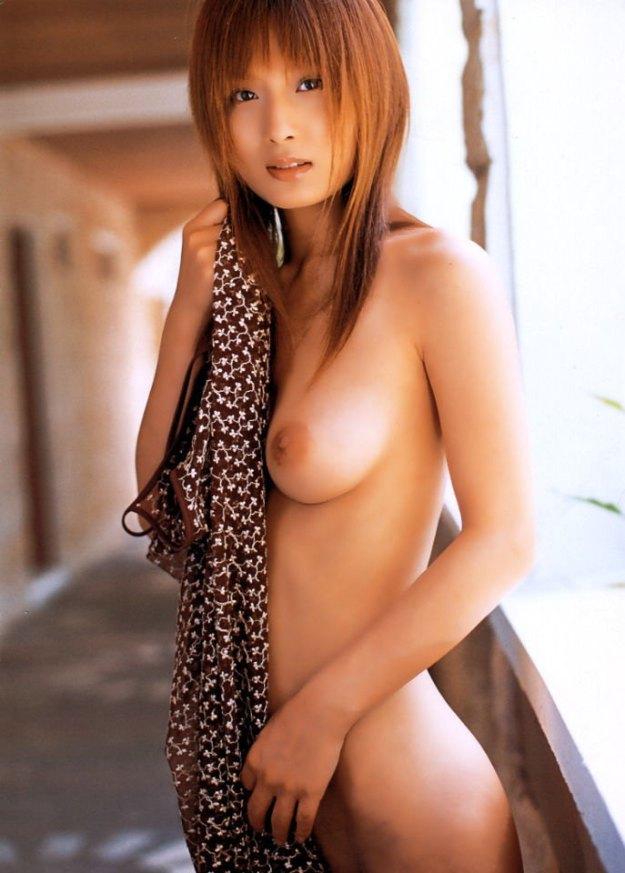 【ヌード画像】美竹涼子の長身スレンダーボディが美しいw(32枚) 13