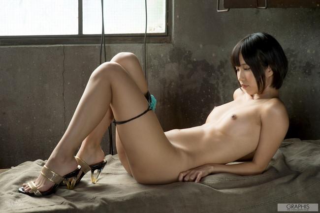 【ヌード画像】最強のショートボブAV女優湊莉久のワビサビのある超エロいヌード画像を集めたら究極にエロくなった!(50枚) 30