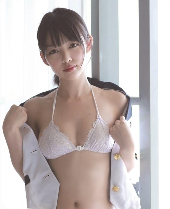 【ヌード画像】清楚なお嬢様系タレント安藤遥さんの水着画像(30枚) 17