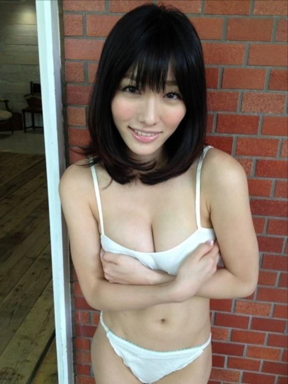 【ヌード画像】Fカップの人気グラドル今野杏南ちゃんの水着画像(30枚) 03