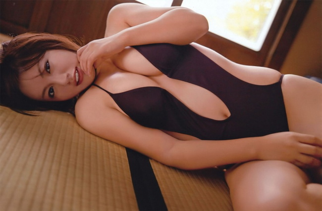 【ヌード画像】ムチムチ界のプリンセス・磯山さやかのムッチリ水着(41枚) 08