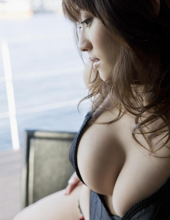 【ヌード画像】よろず巨乳グラドルの水着谷間画像(30枚) 23