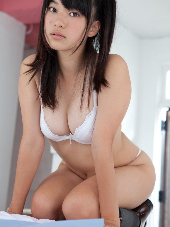 【ヌード画像】よろず巨乳グラドルの水着谷間画像(30枚) 27