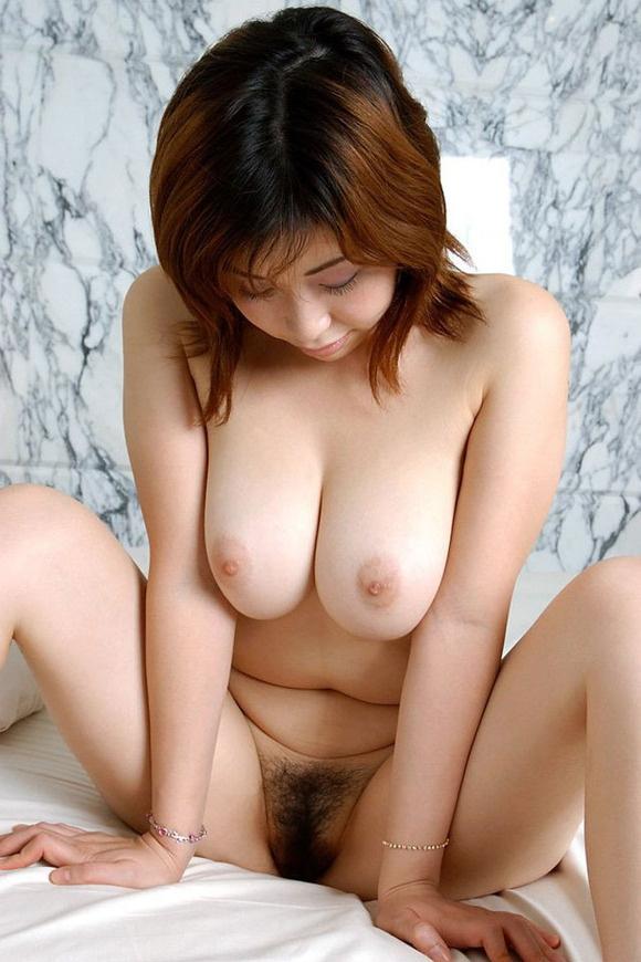 【ヌード画像】寄せて上げなくても大きい巨乳お姉さん画像(30枚) 18
