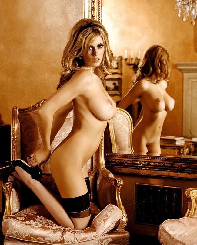 【ヌード画像】柔らかそうだけど主張が強い白人のワガママ巨乳(31枚) 28
