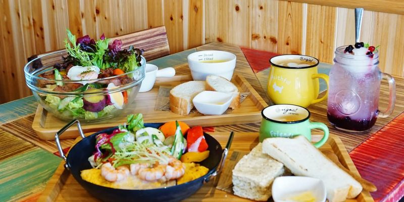 """【高雄左營美食】森8鐵鍋野餐廚房    鐵鍋鬆餅早午餐""""親子聚餐露營餐廳"""