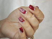 Nail art Rose simple
