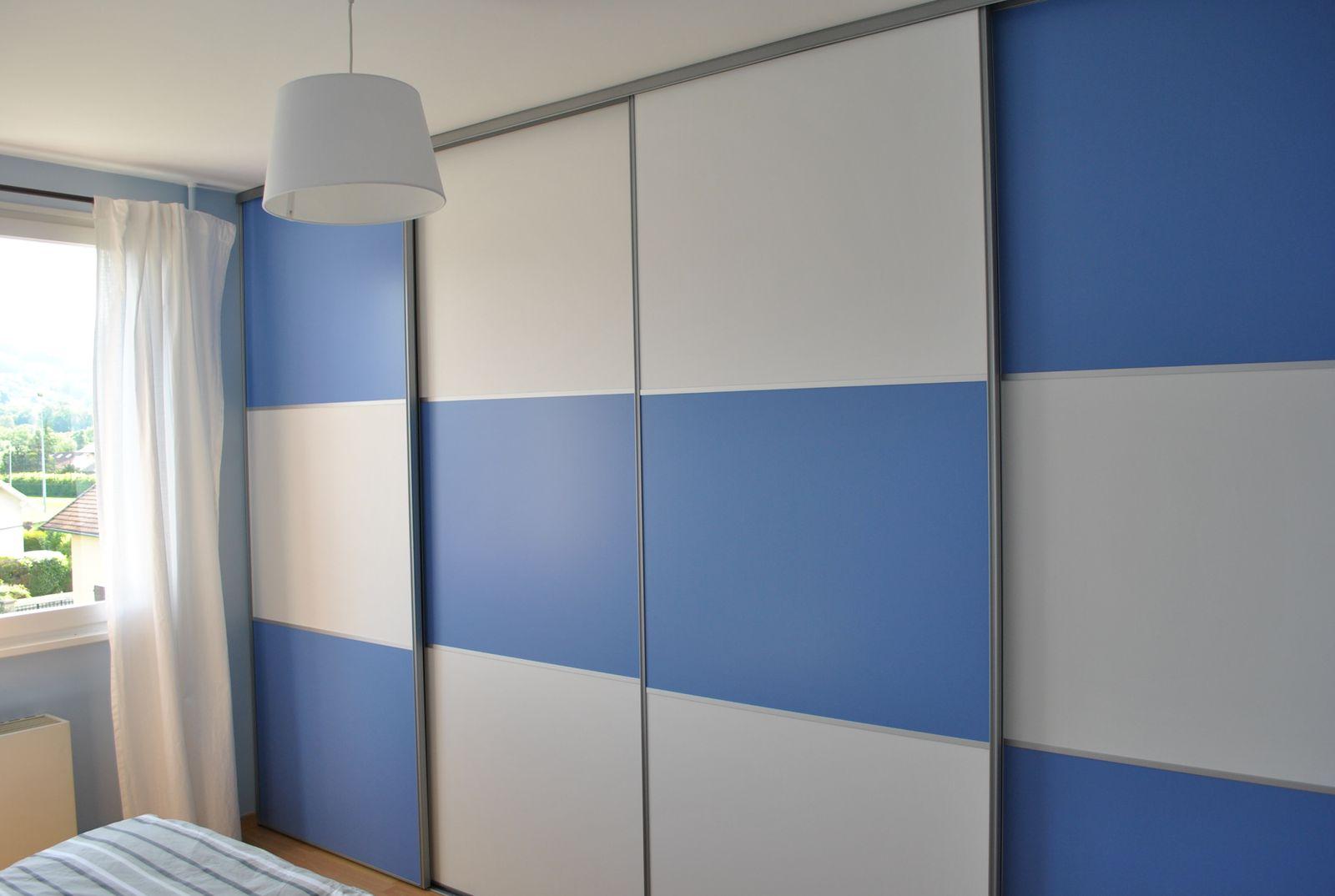 D corer une porte de placard porte placard verriere beau papier peint d corer des portes de - Relooker porte placard ...