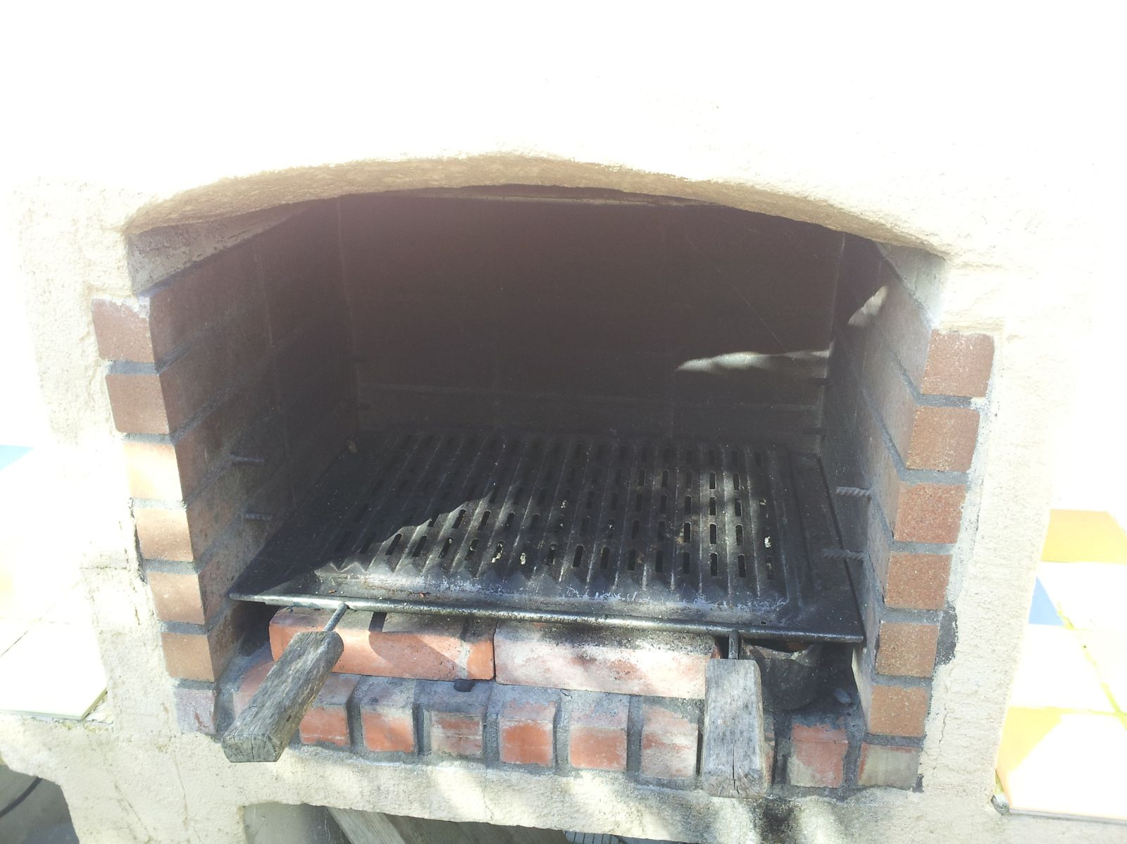 Faire Ses Elements De Cuisine En Beton Cellulaire Construction D Un Barbecue Sur Mesure Renaud Le Bricolo Over