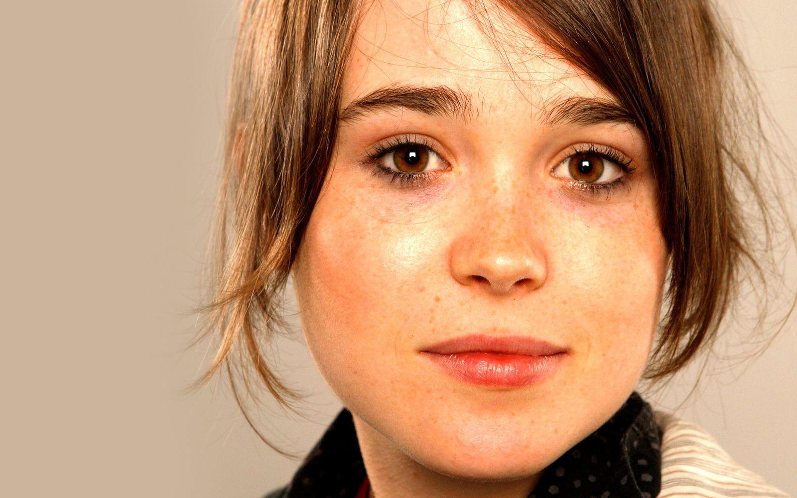 Cute Kiwi Wallpaper Ellen Page Son Vibrant Coming Out Images Du Beau Du Monde