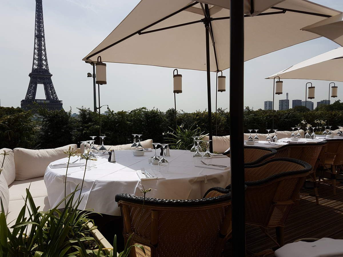 Resto Terrasse Paris Girafe Paris 16 Animal Au Long Coût Restos Sur Le Grill