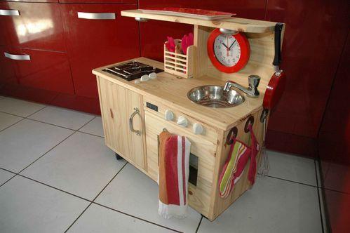 Fabriquer une cuisine pour enfant sous une etoile for Meuble 05 etoiles