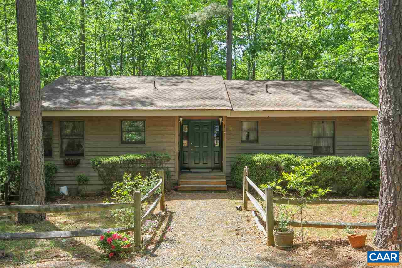 Property for sale at 19 TANGLEWOOD RD, Palmyra,  VA 22963