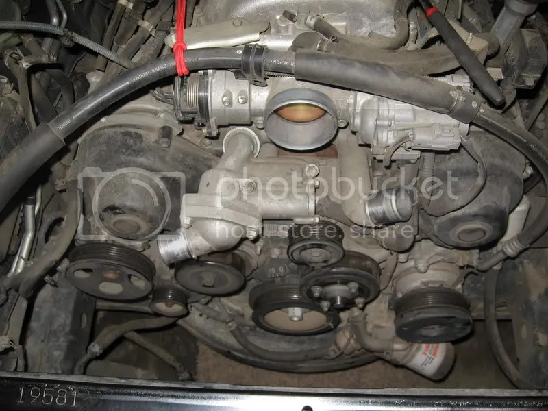 Tundra 47 (2uz) Timing Belt  Water Pump Replacement - Page 3