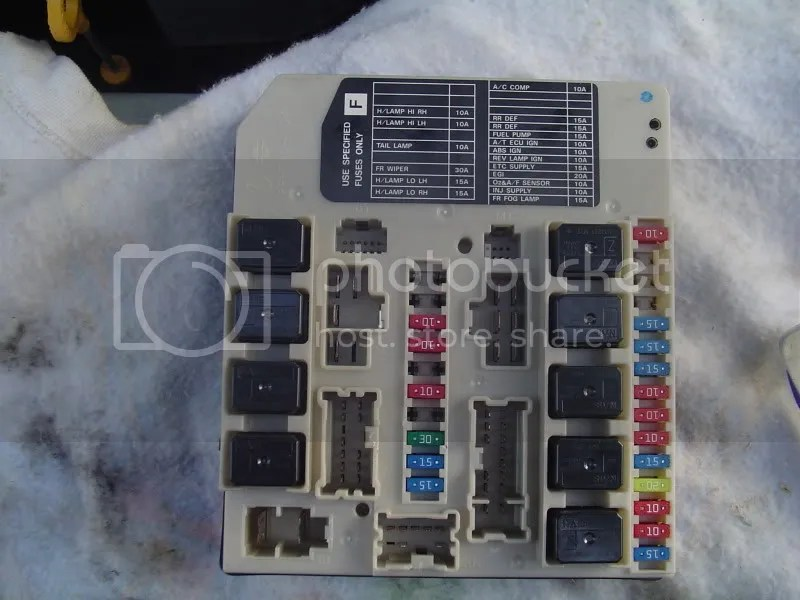 2011 Infiniti Fx35 Fuse Box Diagram Further 2013 Nissan Versa Fuse