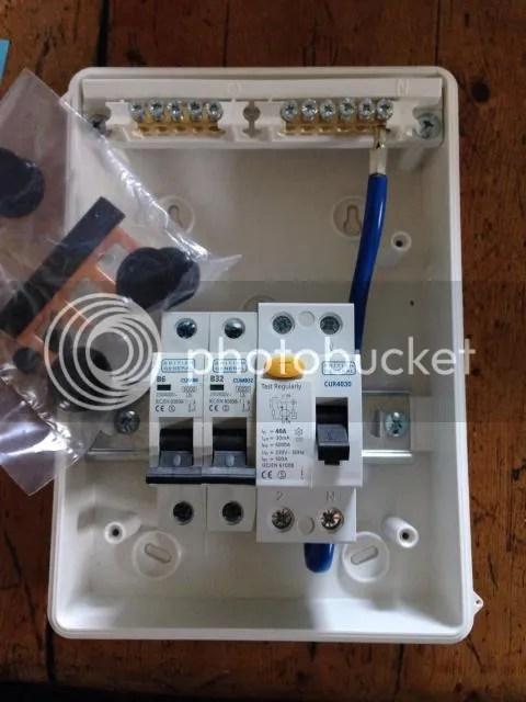 Fuse Box In Garage Wiring Diagram