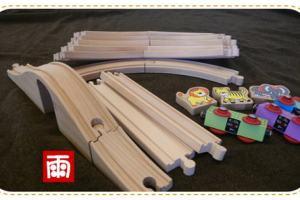 班恩傑尼木質火車玩具組~《開箱文》試用新版第一部火車