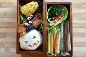 【便當日記】#23 萬聖節蛋包飯 Bento #23 Halloween Omurice (Japanese Omelette Rice)