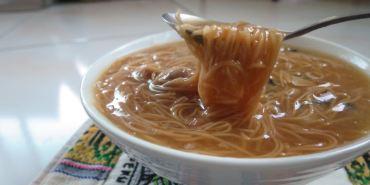 Taipei 內湖 五分街大腸蚵仔麵線 smooth noodles
