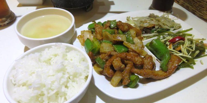 《台北》嘟嘟泡沫紅茶 DoDoTea 輕鬆享用的家常簡餐 店狗太可愛