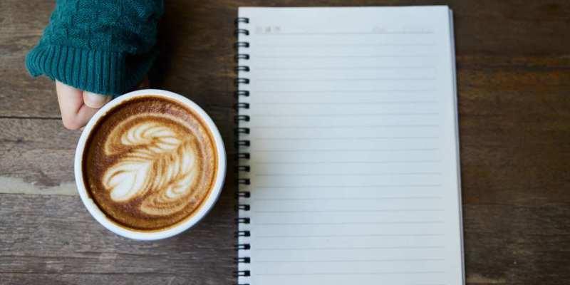 《混公社》當我想工作就會想混在咖啡裡