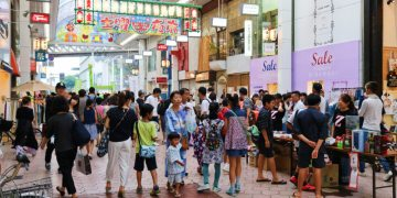 《高知土曜夜市》蟬聯五年金賞炸雞就在日本四國高知