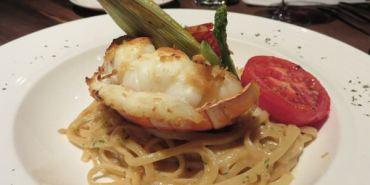 台北。Goodies Cuisine 好米亞義法餐酒館 軟殼蟹有卵你說是不是很誇張