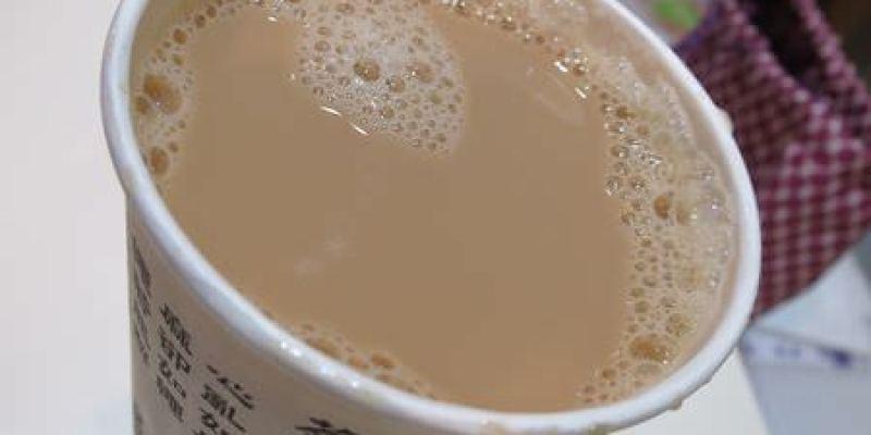 《台北》樺達奶茶。無法調甜度依舊熱門的奶茶威力