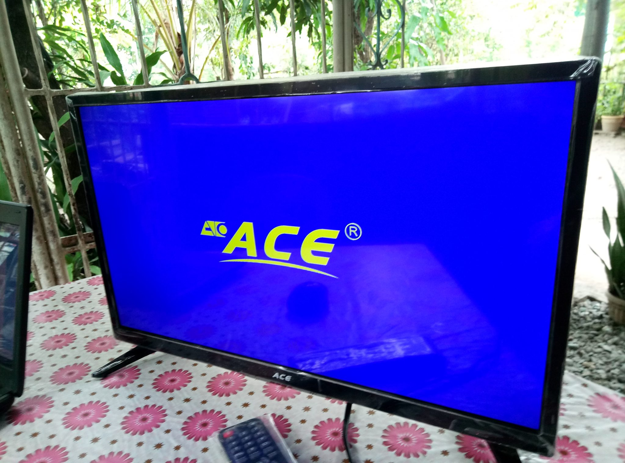 24 Im Tv Ace Led 802 24 Inch Tv Unboxing And Review