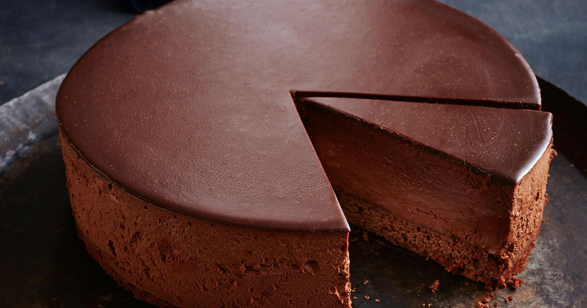 Cocoa Butter Dark Chocolate Mousse Cake