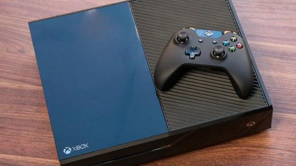Una Xbox One más pequeña llegará en 2016