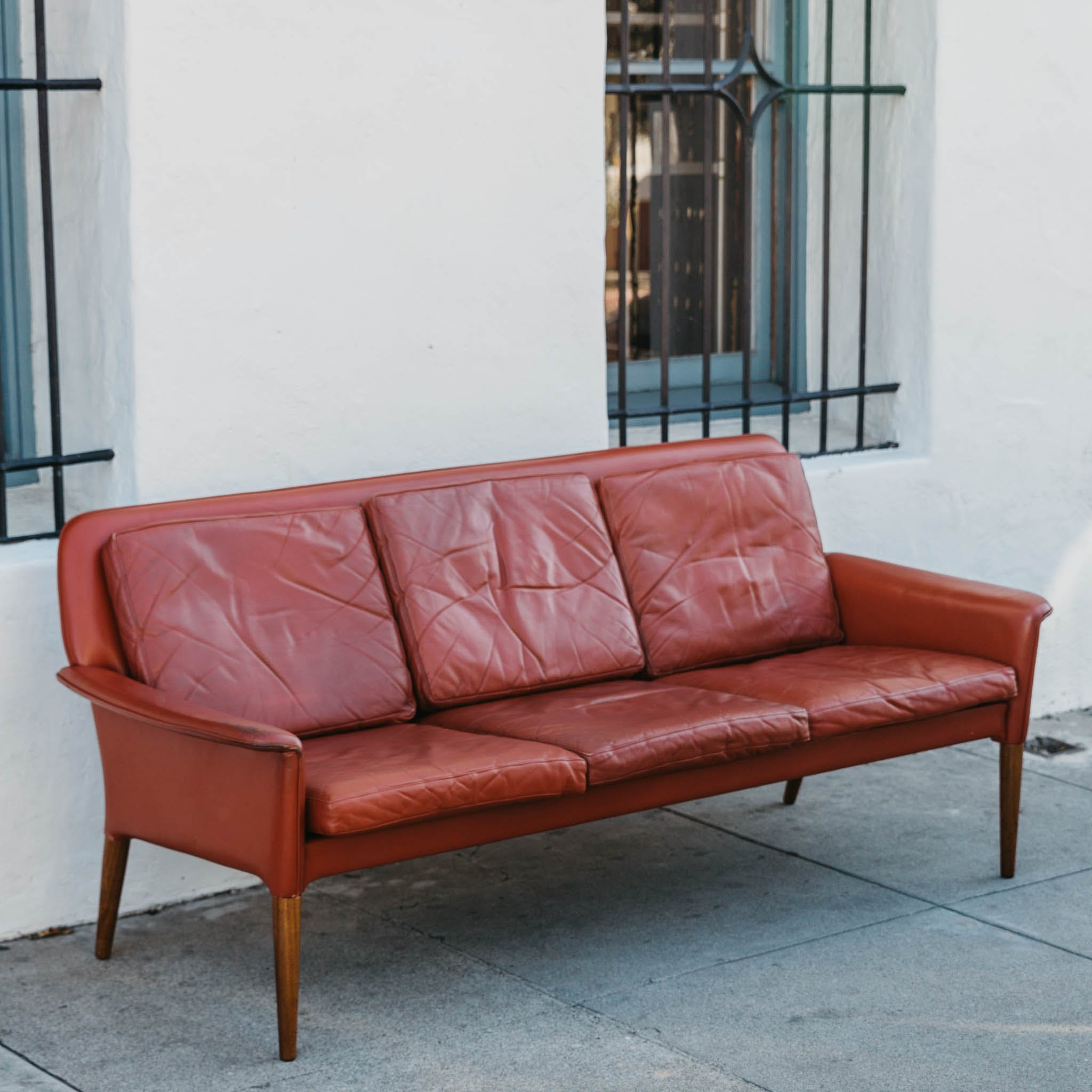 Møbler Sofa Danish Modern Red Leather And Rosewood Sofa By Cs Mobler