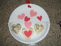 Paper Plate Valentine Card Holder   ThriftyFun