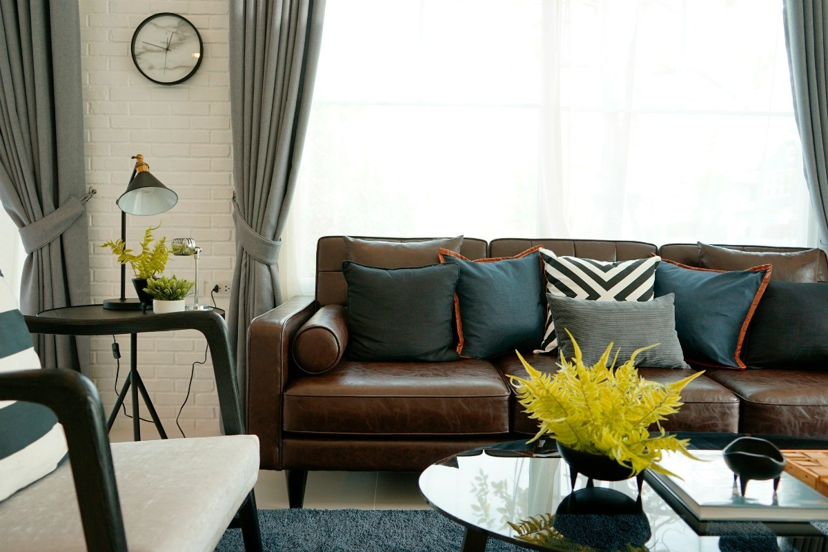 What Color Curtains With Blue Walls Brown Furniture Curtain Color Advice For Dark Brown Furniture Thriftyfun