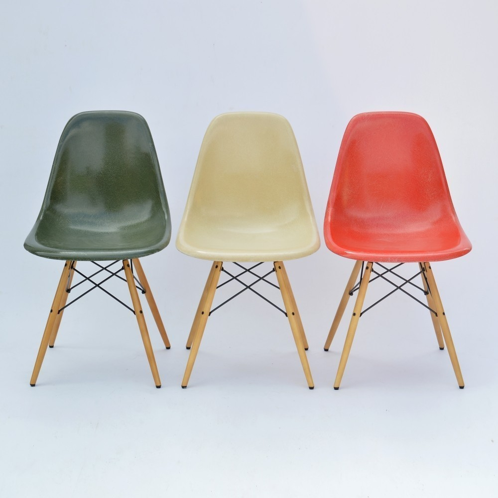 Vitra Eames Side Chair Set Of 3 Dsw Moulded Fiberglass Side Chair Dining Chairs By