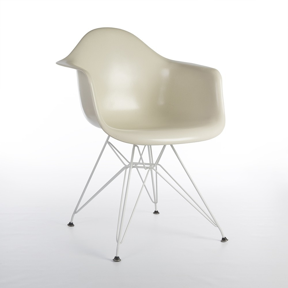 Eames Chair Dar Dar Eiffel Arm Chair By Charles Ray Eames For Herman Miller 1990s