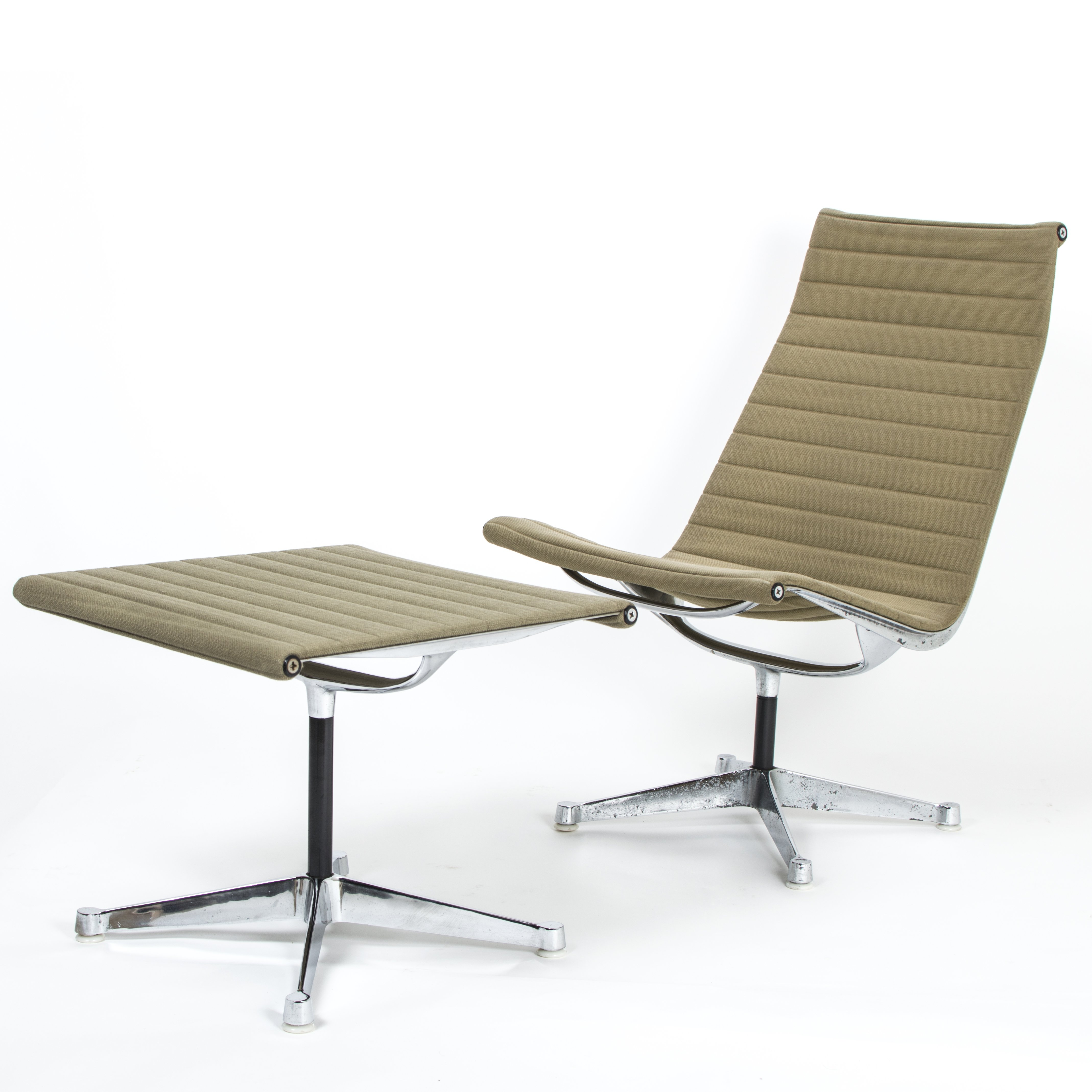 Eames Chairs Qld Herman Miller Ea116 And Ea125 Aluminium Chair And Ottoman By