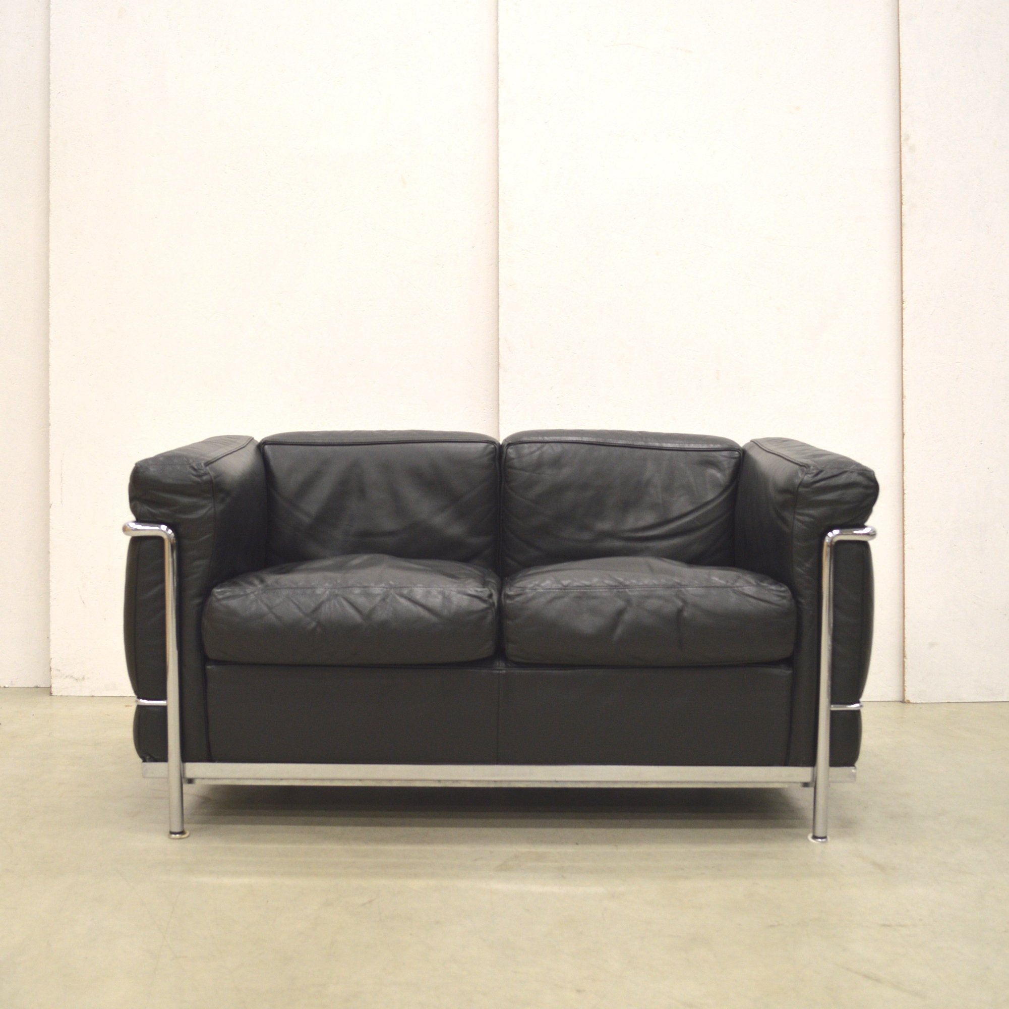 Sofa Le Corbusier Lc2 Sofa By Le Corbusier For Cassina, 1990s | #74382