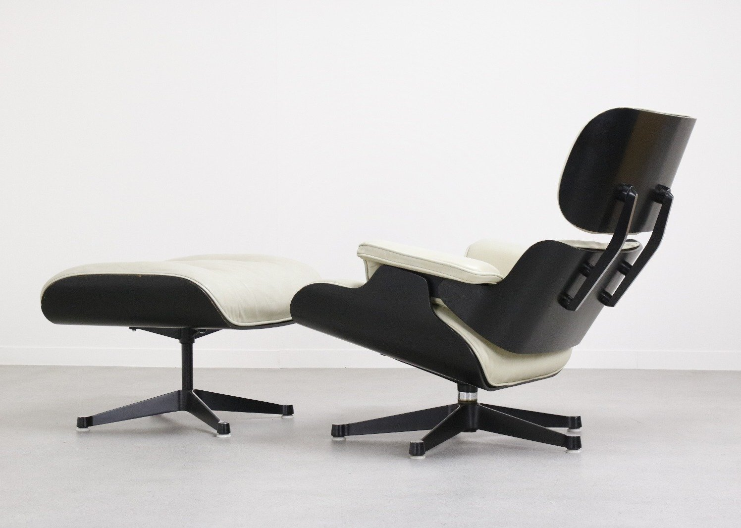 Vitra Chair Eames Rare Charles Ray Eames Lounge Chair By Fehlbaum Pre Vitra 1959