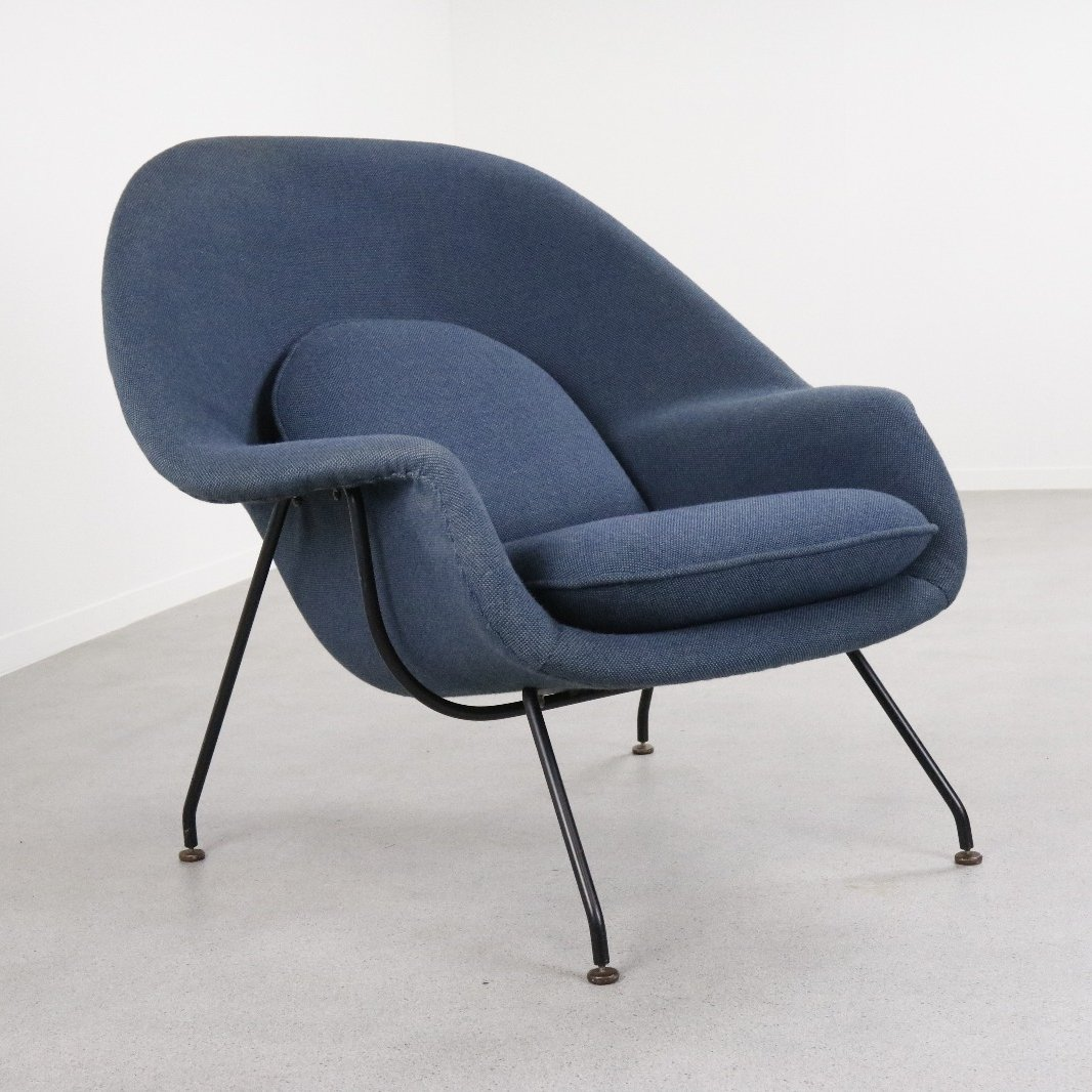 Knoll International Early Production Womb Chair By Eero Saarinen For Knoll International 1950s