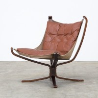 Set of 2 Falcon arm chairs from the seventies by Sigurd ...