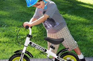 Enkeeo No Pedal Balance Bike 10 inch Cycling Walking Bicycle