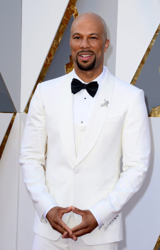 common-dolce-and-gabbana-suit-oscars-2016